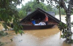 flooded viet nam
